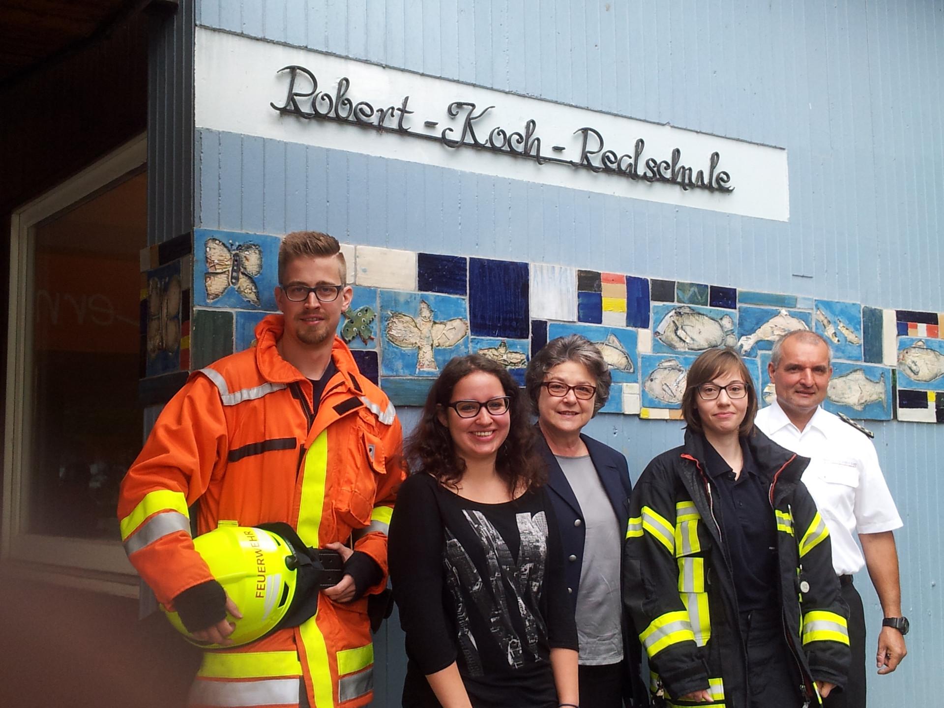 Berufsgruppen lesen vor: Feuerwehrleute
